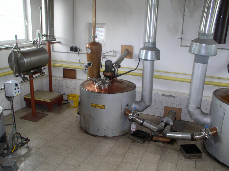 PPD grower distilleries are traditional distillation equipment guaranteeing you a high-quality distillate.
